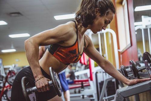 巨人組榨乾你的肌肉