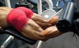 腿部股二頭肌巨人組訓練